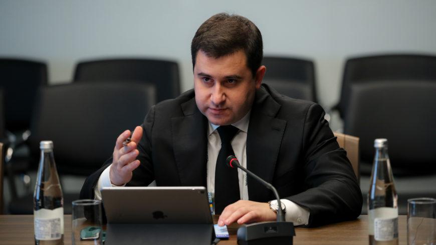 Никита Стасишин провел двустороннюю встречу с делегацией Китая
