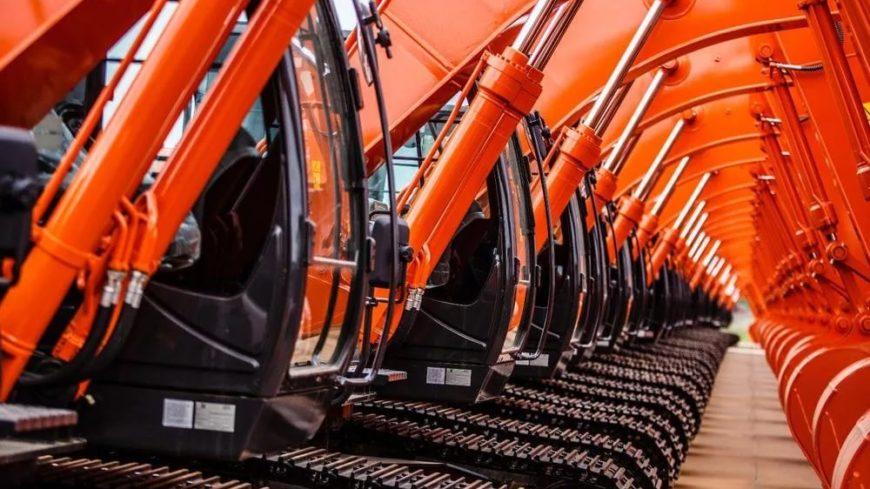 Производство строительных экскаваторов выросло более чем на 75%