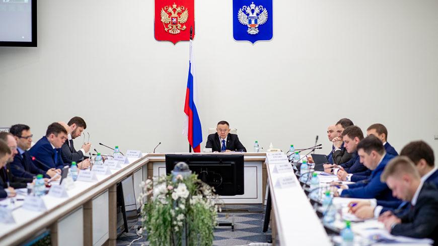 В Минстрое России прошло совещание по ситуации на рынке строительных материалов