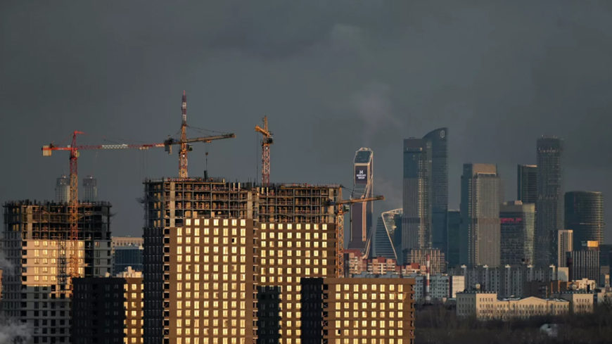 Минстрой: в России строится более 146 миллионов квадратных метров жилья