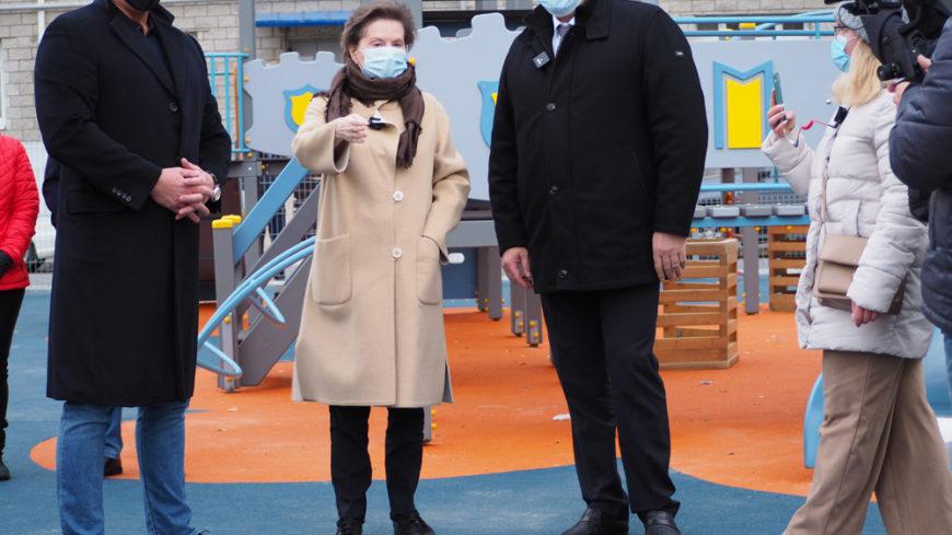 Почти 40 авторов элементов благоустройства представили свои работы в Ханты-Мансийске